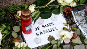 Gedenkminute für den  französischen Geschichtslehrer Samuel Paty